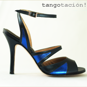SEveningshoes by Tangotatación's Lenette & Roy Kleijn in night blue leather  by Tangotación! These are real jewels, to be used as evening shoes, or danceshoes for Argentine tango, or other dances.
